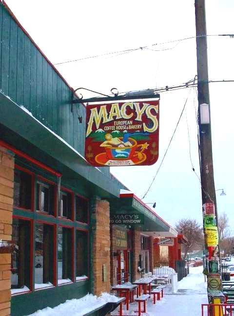 Macy's Coffeehouse, Winter 2008